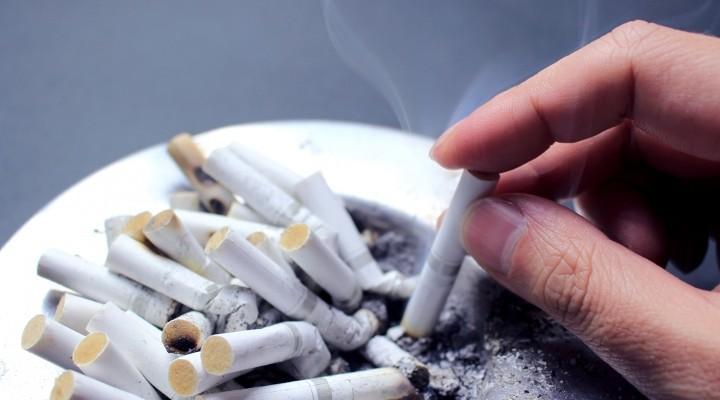 健康増進に取り組む企業が減少 「職場で受動喫煙がある」34.7% アイキャッチ